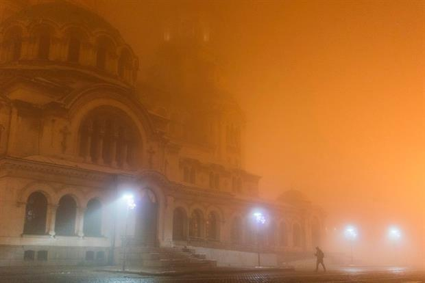 Alexander Nevski cathedral amid the smog in Sofia, December 2018. Bulgaria will face legal action at the ECJ over its failure to tackle air pollution. Photo: Dimitar Dilkoff/AFP via Getty Images