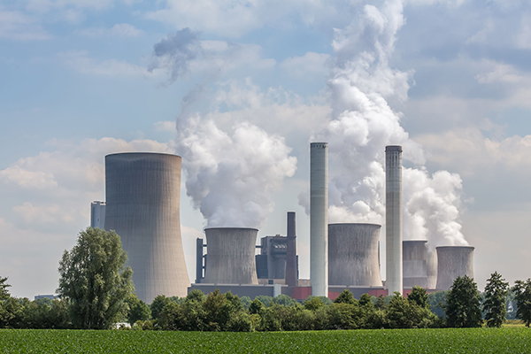 Energy, coal plant in Germany (photograph: Tobias Arhelger/123RF)