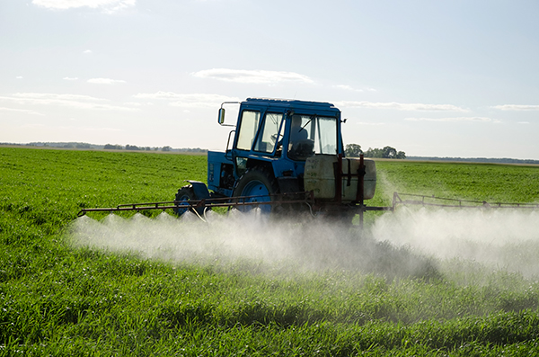 Chemicals, crop spraying (photograph: Aqua Mechanical/Flickr)