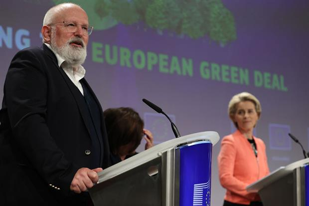 Frans Timmermans and Ursula von der Leyen attend a press conference on the launch of the landmark climate plan in Brussels (Photo by Dursun Aydemir/Anadolu Agency via Getty Images)