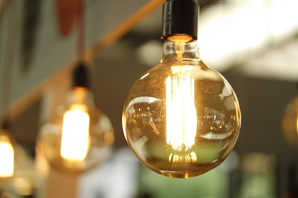 Energy Efficiency - Light bulbs (Pixabay)