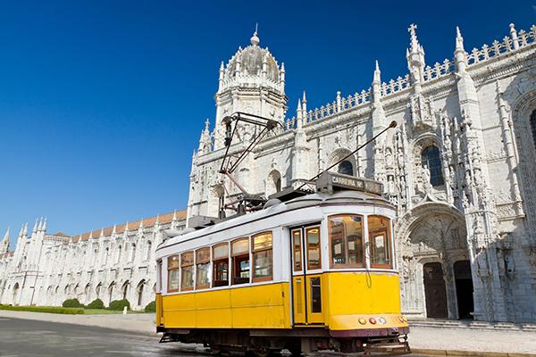 Places: Lisbon, Portugal (Martin Lehmann/123RF)
