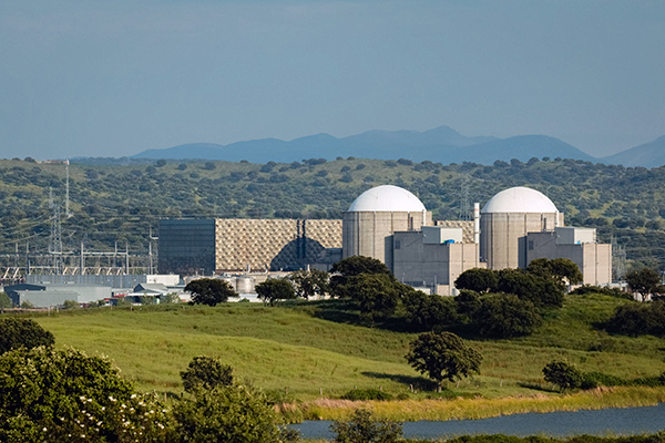 Energy, nuclear plant in Spain (photograph: Jose Manuel Gelpi Diaz/123RF)