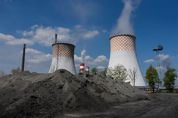 Rybnik, Poland: emissions could be cut by 91% with 'massive investment', analysis concludes (Photo by Omar Marques/Getty Images)