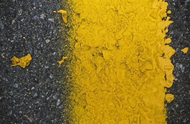 Products - Road marking paint (Pixabay)