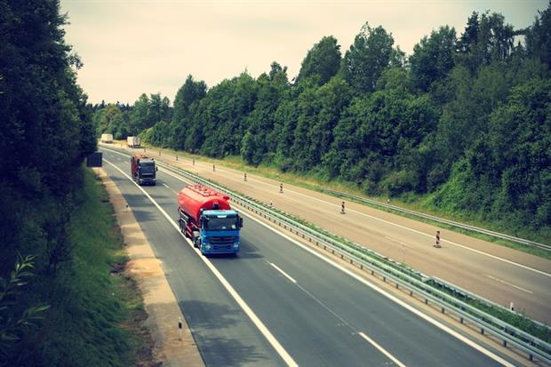 Transport - Truck on highway (Pixabay)