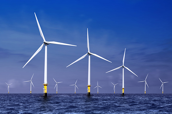Renewables, offshore wind farm (photograph: Sergiy Serdyuk/123RF)