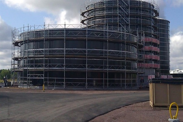 The plant pictured during construction