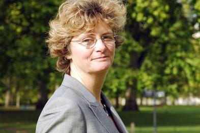 Dr Anne Mackie