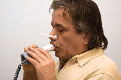 Confrontation with spirometry results may be helpful in those with COPD