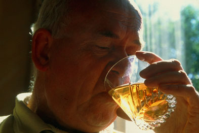 Dependent drinkers tend to feel an uncomfortable urge to drink