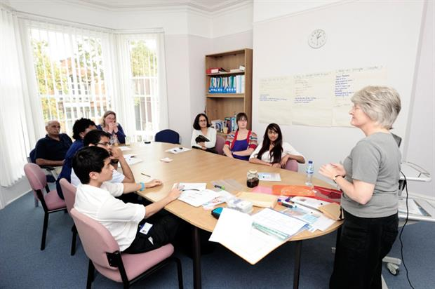 GPs can teach students in the practice or at the local medical school (Photo: SPL)