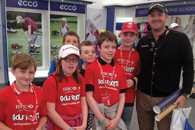Golfer Peter Hanson with fans
