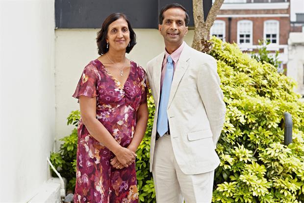 Dr Arun Aggarwal (right) with Dr Rita Aggarwal