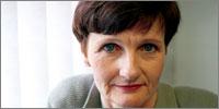 Dr Barbara Hakin