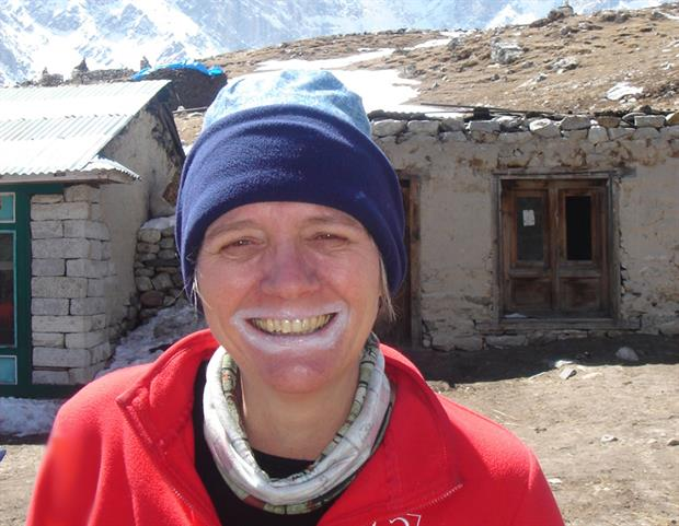 Dr Langdon: Making the point about effective sun cream at altitude at Everest base camp