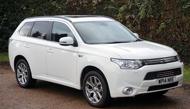Car review: Mitsubishi Outlander PHEV | GPonline