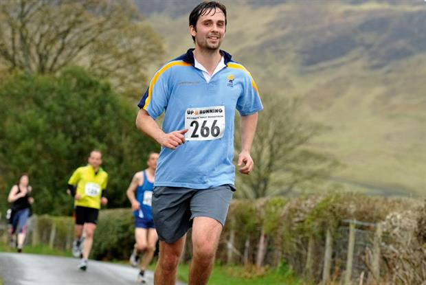 Dr Metcalfe running the Keswick half-marathon in Cumbria