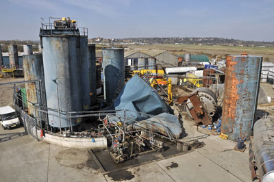 Collapsed steel tank on Solvent Resource Management's site. Credit HSE
