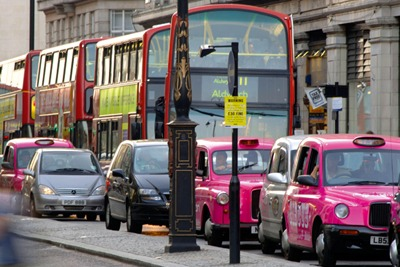 Buses and taxis on busy London street (picutre: Eric Nathan / Alamy)