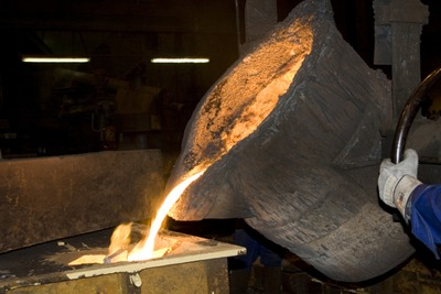 Molten metal being poured into a mold (picture: Matthiashaas | Dreamstime.com)