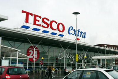 Tesco is to phase out biodegradable bags (photo: Gerald England CC-BY-SA-2.0 via Wikimedia Commons)
