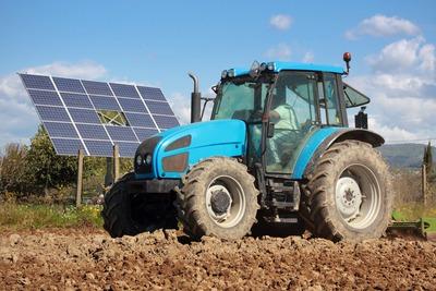 Barclays bank launched £100m on-farm renewables fund (photograph: Ilfede | Dreamstime.com)