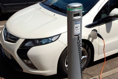 A publicly accessible 'national charge-point registry' will map out all EV charge-points across the UK (photo: General Motors)