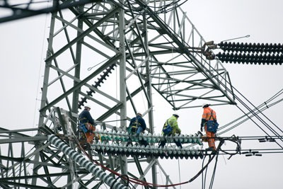 Transmission firms are looking to build extensions to the grid underground to avoid the need for controversial pylons (photo: National Grid)