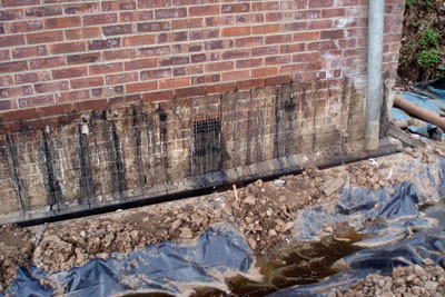 Leachate was leaking through brickwork at Wormtech's site (credit: Environment Agency)