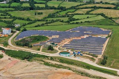 Panels on Wheal Jane Solar Farm in Cornwall. Credit: Solarcentrury