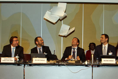 Mercury negotiations chair Fernando Lugris throwing the final report with excitement after its adoption (photograph: Earth Negotiations Bulletin)