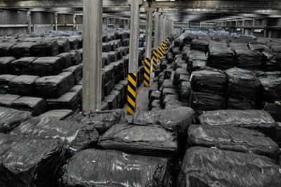 Leeds Paper Recycling Ltd illegally stored waste at the Knostrop Depot industrial park (photograph: Environment Agency)
