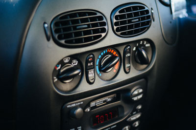 Car airconditioning controls. Credit: Dave.Dave.Dave CC BY 2.0