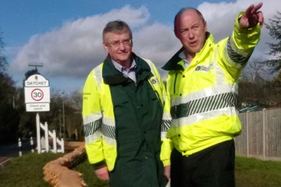 Environment Agency chief executive Paul Leinster with south-east regional director Howard Davidson inspecting the sandbag wall in Datchet (photograph: Environment Agency)