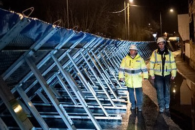 Temporary flood defences along the river Severn at Bewdley, Worcestershire (photograph: Environment Agency)