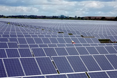 Lightsource Renewable Energy solar farm near Newark on Trent