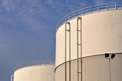Gas storage. Credit: Dave Crosby/CC BY SA 2.0