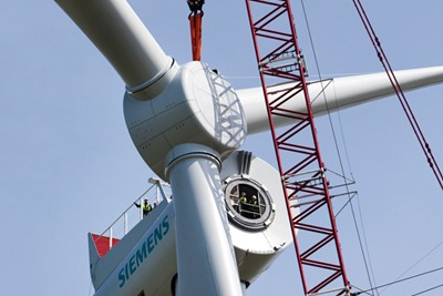 The 402MW Dudgeon offshore wind farm will use Siemens' 154 metre wide, 6MW wind turbines (photograph: Siemens)