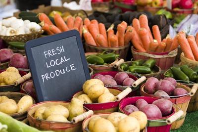 Fresh, local produce (photograph: arinahabich/123RF)
