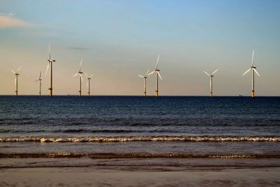 The government has made good progress on investment in wind power (photograph: Scott Lyons/123RF)