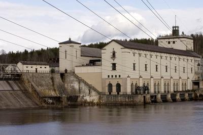 Power plant on the River Glomma, Norway (photograph: John Sandoy/123RF)