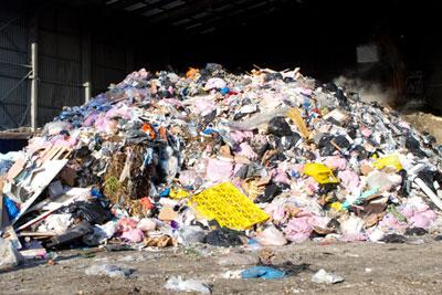 rubbish-pile©smikeymikey1_123RF_18928025_l
