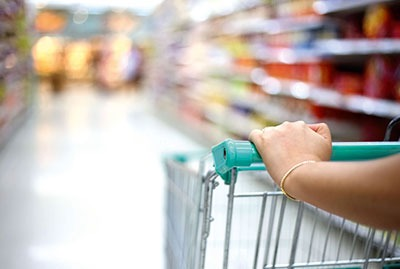 Retail has cut is overall carbon emissions (photograph: Anusorn Phuengprasert Na Chol/123RF)