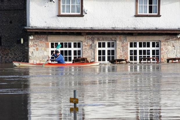 Yorkshire floods (photograph: RonfromYork/123RF)