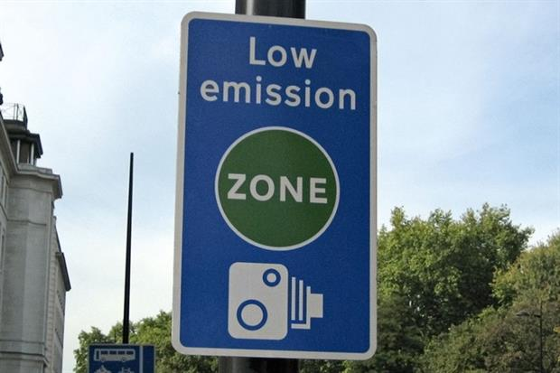 Low emissions zone sign (photograph: Eurist E.V./CC BY 2.0 via Flickr)