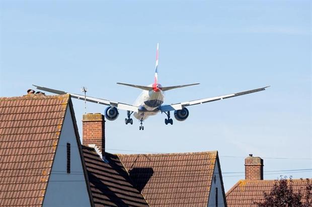 Planes over Heathrow (photograph: Steven Heap/123RF)