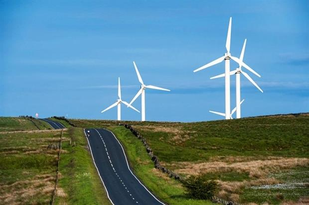 The onshore wind industry will suffer with the end of the Renewables Obligations (Photograph: Leeavison/123rf)