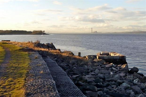 The western Firth of Forth is licensed for underground coal gas exploitation (photograph: AlistairG CC BY-SA 2.0)