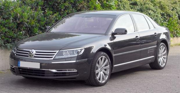 Volkswagen plans to relaunch its Phaeton sedan as a fully electric car (photograph: M 93 CC BY-SA 3.0 de)